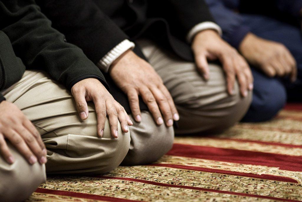 A Alma Humana Precisa mesmo Rezar a Allah 5 Vezes por Dia?